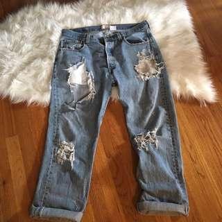 Levi's Super Distressed Boyfriend Jeans