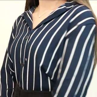 BNWT NAVY BLUE STRIPED BLOUSE