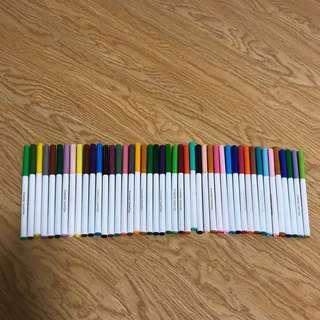 45 Crayola Markers