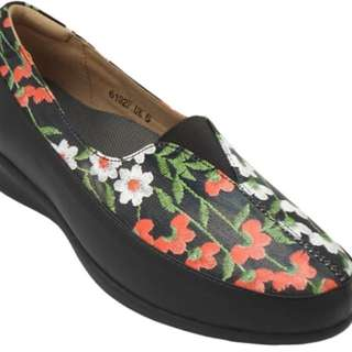 super comfy shoes brand Footlink