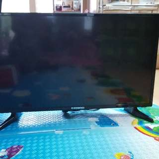 TV32인치 켬퓨터겸용 사용가능