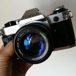 Canon AE-1 Program FD 50mm 1.4 Silver