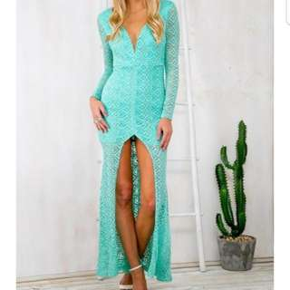 turqouise dress