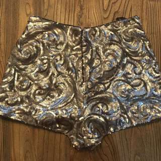 Noughts and Crosses Gold Sequenced Shorts - Dissh