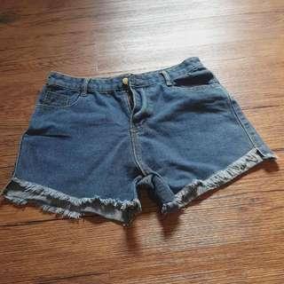 牛仔短褲💃