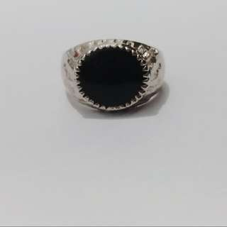 Black Oval Ring