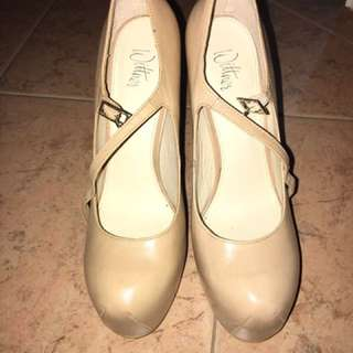 Wittner Leather Shoes
