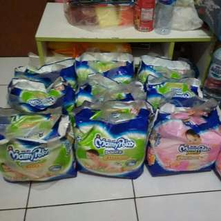Pampers Mamy Poko Extra Soft