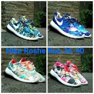 NIKE Roshe Run Shoes (sepatu Lari)