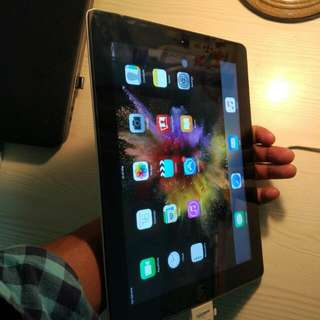 Ipad 3,  32 Gb,  WiFi + Cellular. Battery Condition Very Good