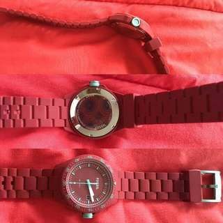 Fossil Rubber Red