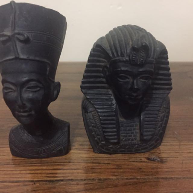 2 Miniature busts Of Nefertiti And Tuthankhamun