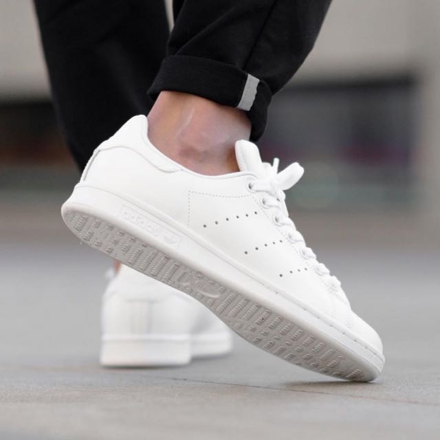 timeless design d1b0b 9edb7 Authentic] Adidas Original All White Stan Smith Trainers ...