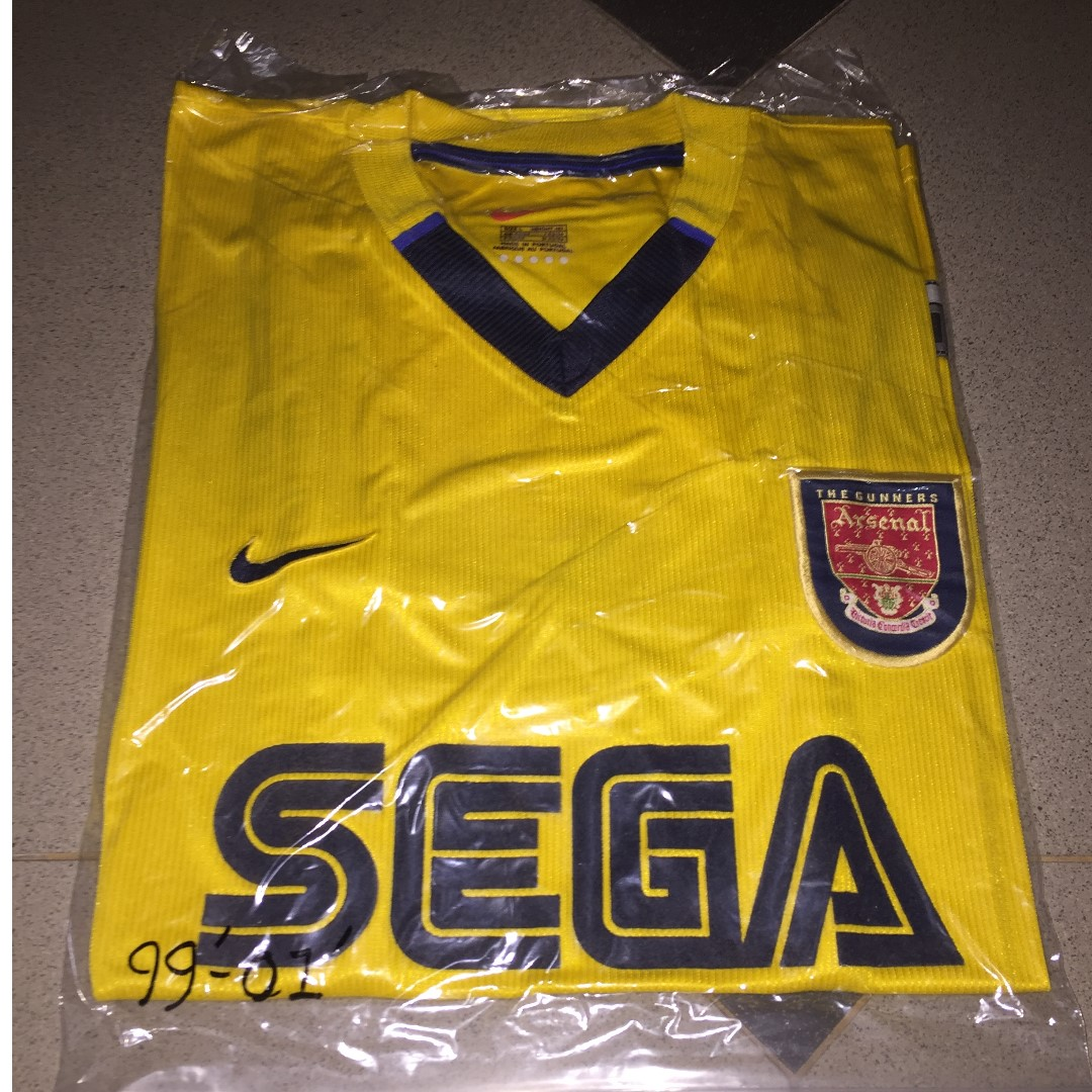 huge discount f23e3 0081b Authentic Classic Arsenal FC 99/00 Away Jersey, Sports ...