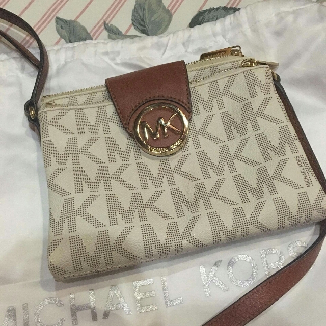 Authentic Michael Kors Fulton Crossbody Bag