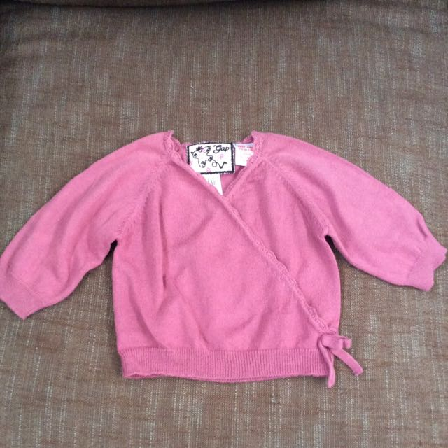 Baby GAP Cardigan Size NB 0-3 Month