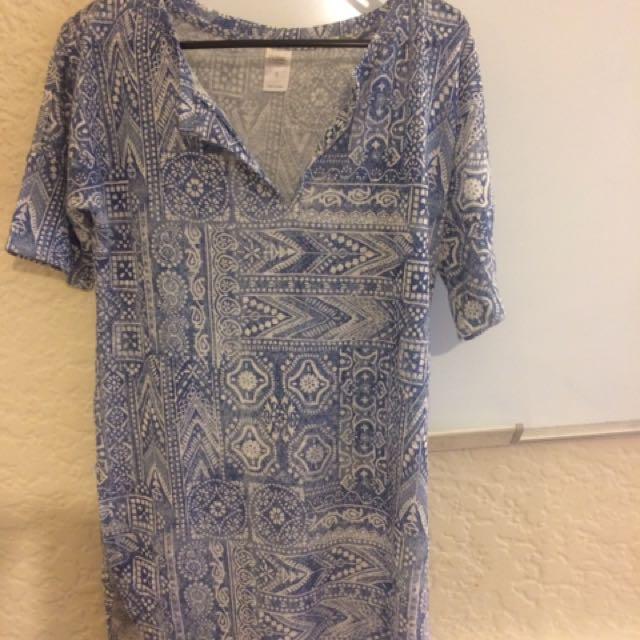 Blue Print Boho Oversized T-shirt Size 8