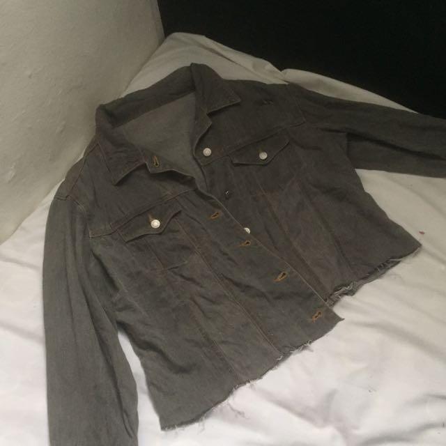Distressed Crop Top Denim Jacket