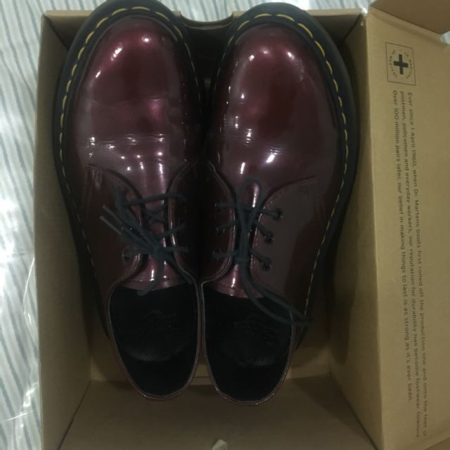 DR. MARTENS CHERRY RED ROUGE