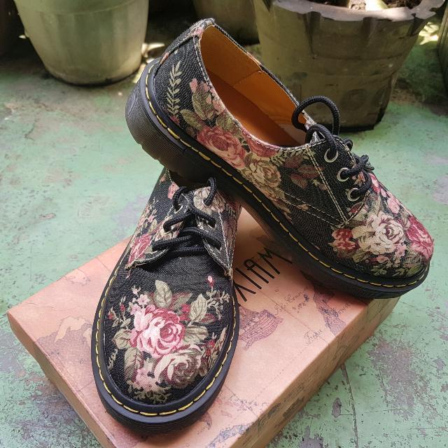 Floral Shoes (Combat Shoes Style)