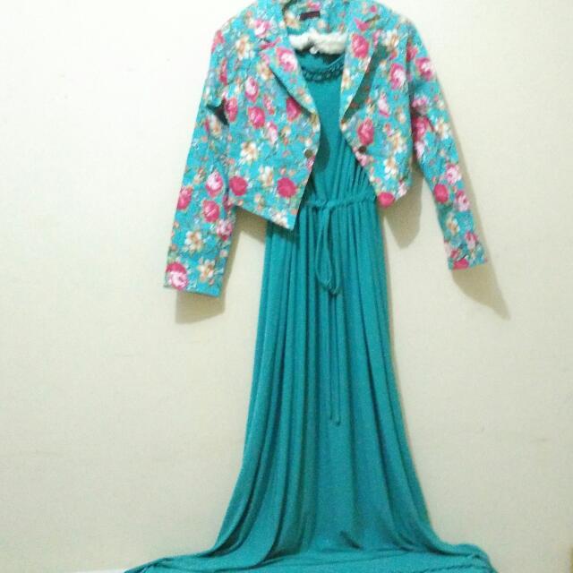 Longdress + Outer  (Untuk Busana Muslim)