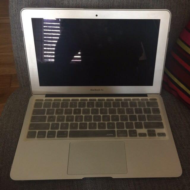 """MacBook Air 2010 11"""""""