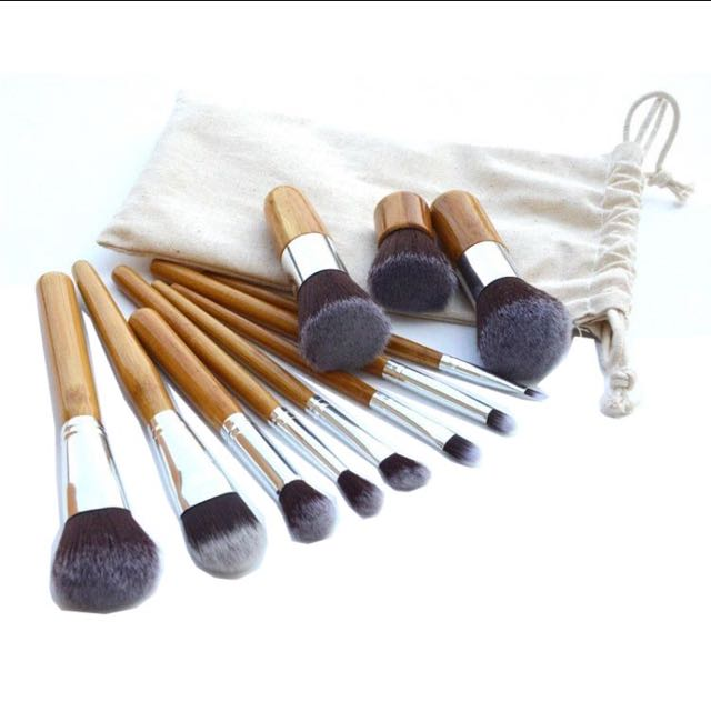 Make Up Brush 11 Set with Pouch / Kuas Make Up