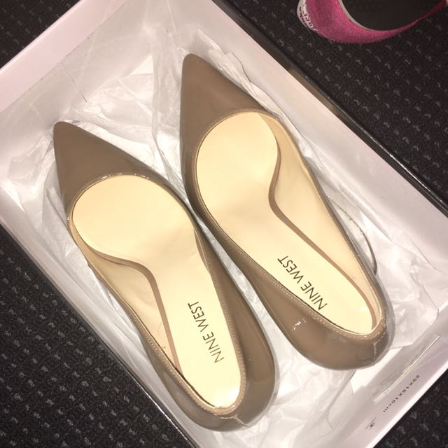 Size 6 Nine West Patent Nude Shoes