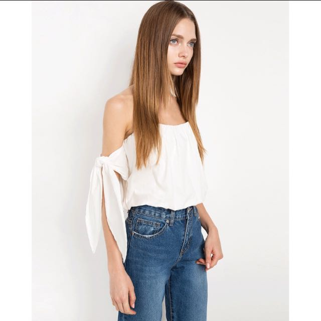 b5c08c255c9 Sexy Tie Off Cold Shoulder Tube Top, Women's Fashion, Clothes, Tops on  Carousell
