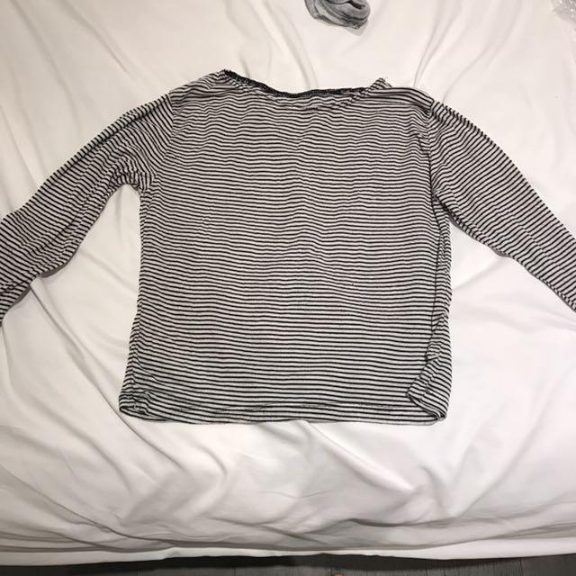 striped brandy melville quarter length shirt