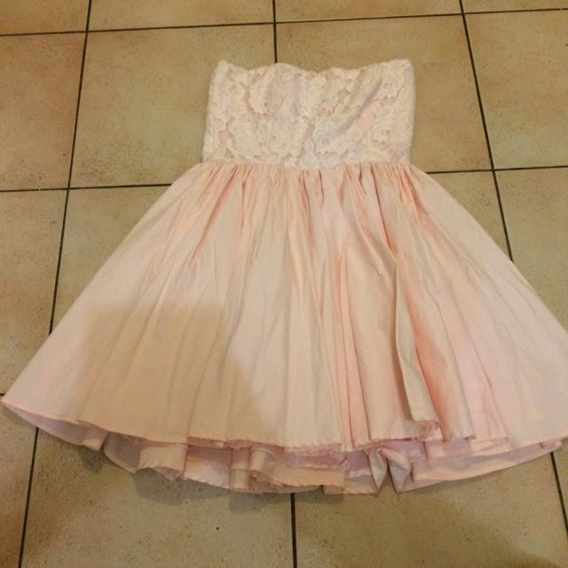 Sz 8 Casper & Pearl Baby Pink Dress New Condition