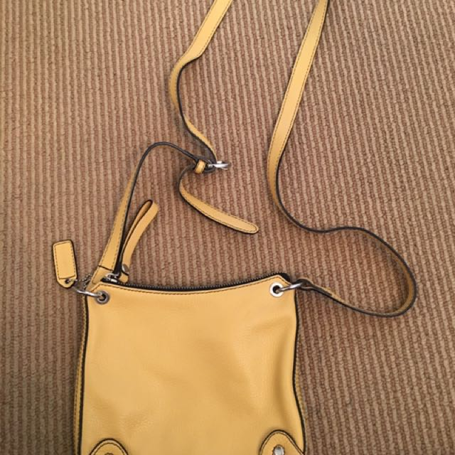 Vintage Daniel Leather Cross Body Bag