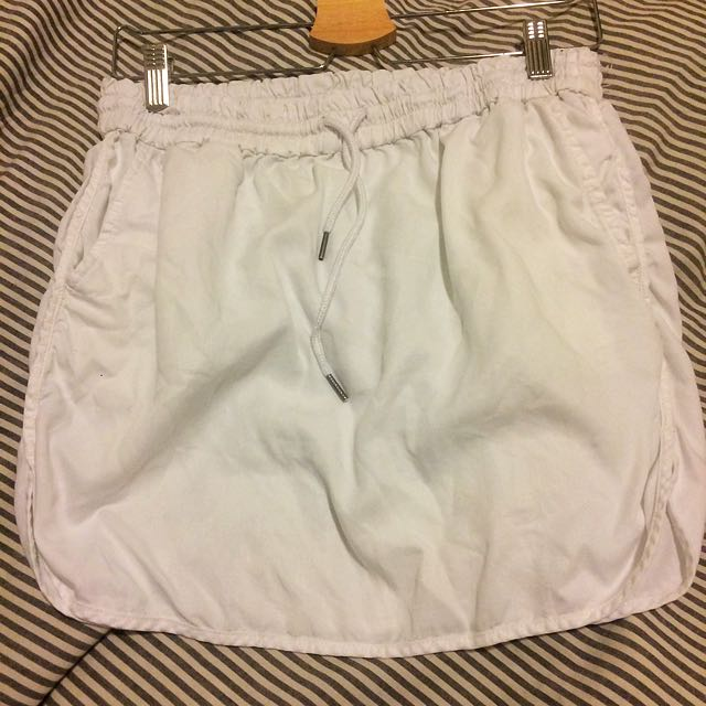 White Mini-skirt