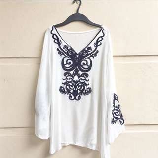 Embroidery Loose Top