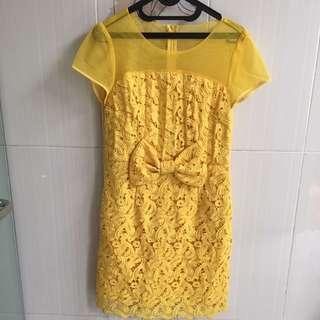 yellow HongKong dress