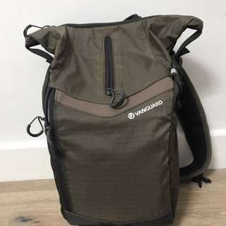 Vanguard Reno 34 Sling Camera Bag