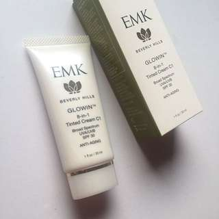 EMK Glowing Tinted Cream 8 In 1