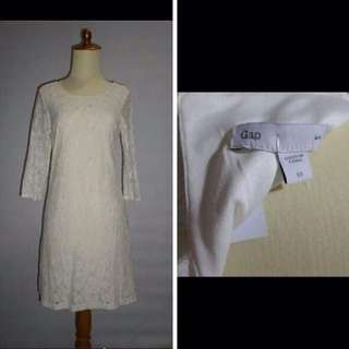 Dress Brokat GAP