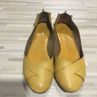 Clearance Sale! Pretty Shoes In Excellent Condition!