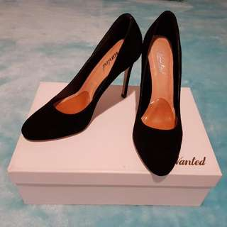 Wanted Motion Seude Black Heels (Size 37)