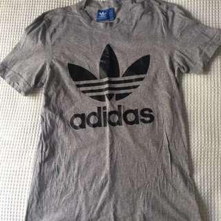 Adidas T