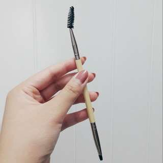 BH Cosmetics Boho Chic Dual Brush Angled Eyeliner & Brow Brush / Brow & Lash Spooley Brush