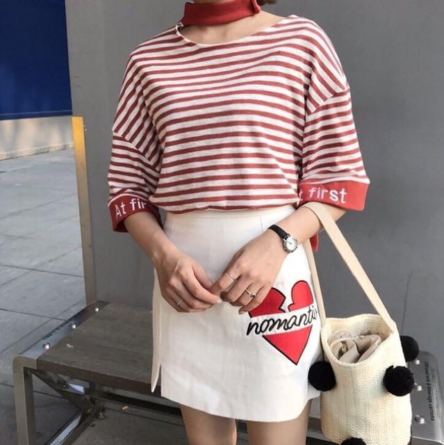 韓 妞 高 腰 刺 繡 潮 裙