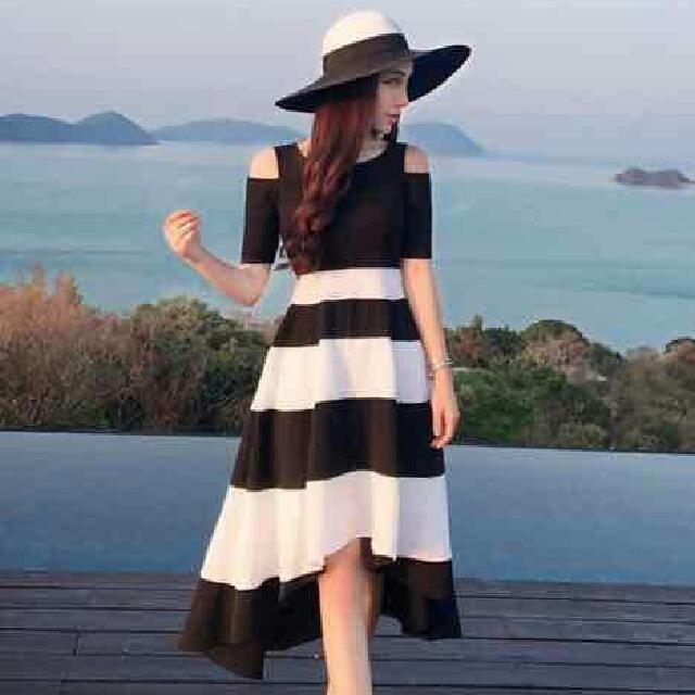 🌸 Black Stripe Dress