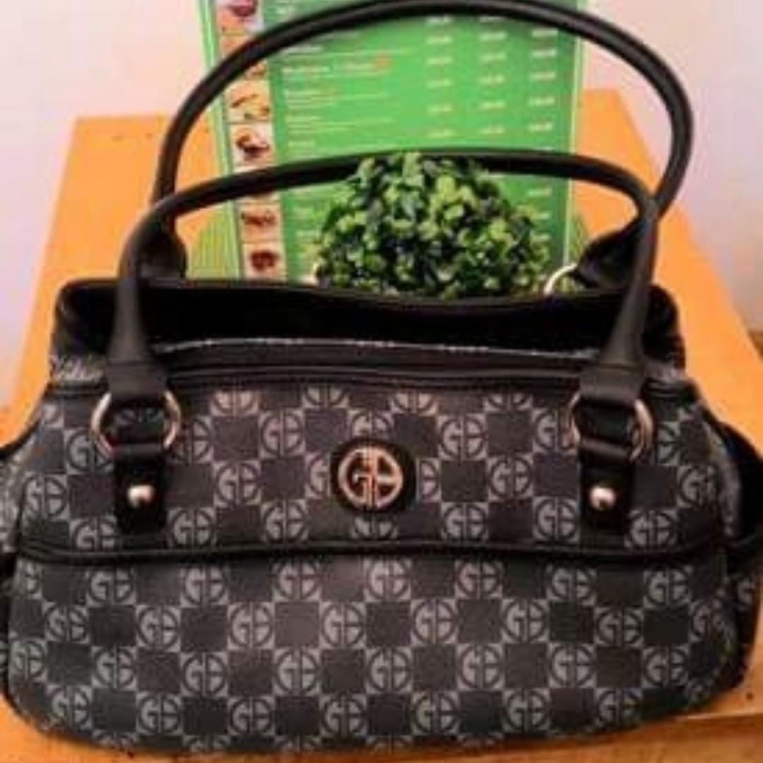 Authentic Giani Bernini Handbag