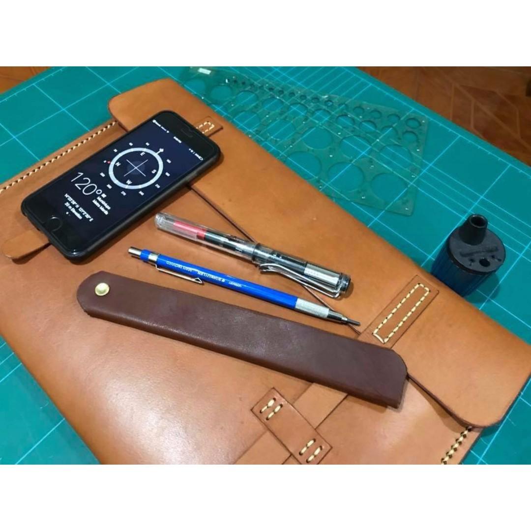 Authentic Leather Envelope Sleeve