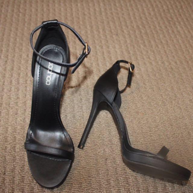 Black Boohoo Heels