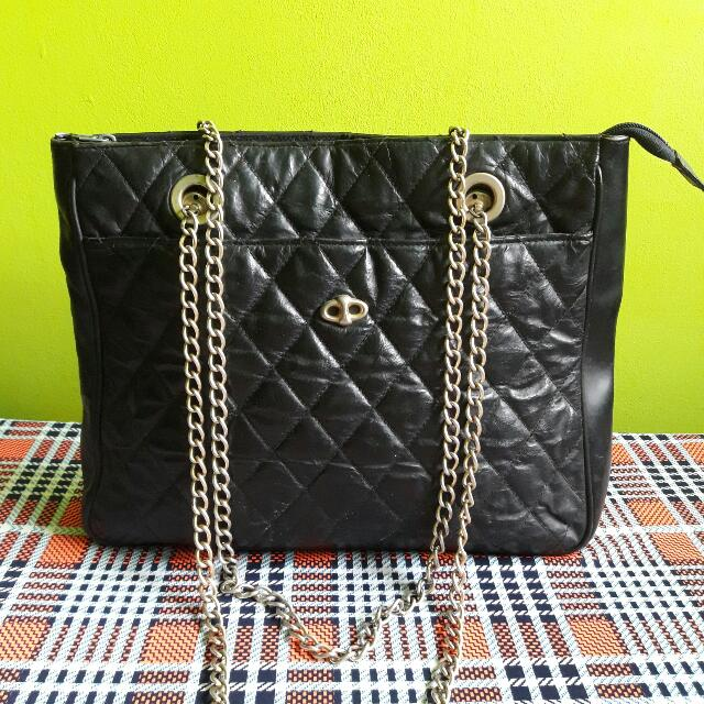 Black leather chain Bag
