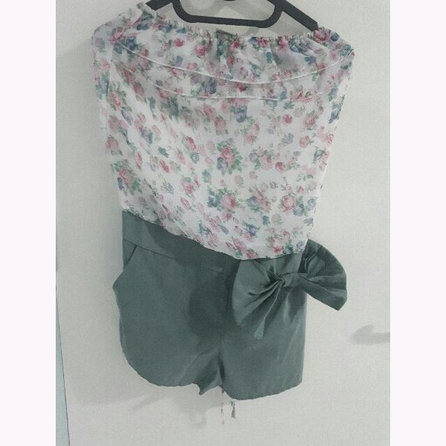 CAMMOMILE Floral Short Jumpsuit