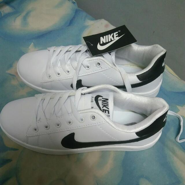 Class A Nike Size 10 27cm